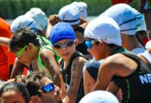 Los infantiles abrieron el Triatlón de La Paz