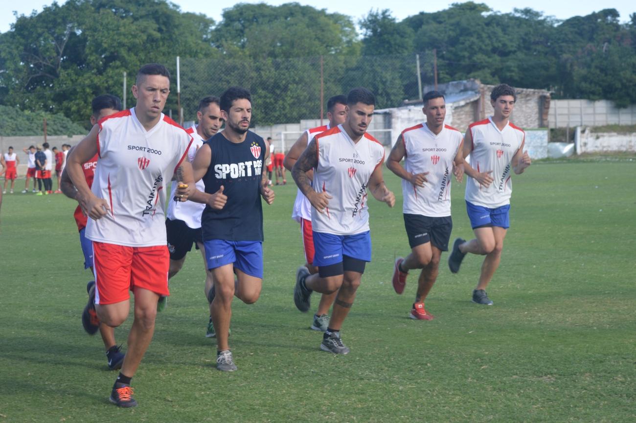 Sportivo Urquiza y Paraná deberán esperar