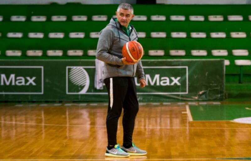 El técnico del Verde de Concordia, Eduardo Jápez, habló con La Cábala sobre diversos temas. La creación de ACEEPA, un nuevo núcleo para entrenadores, y el cierre de temporada para Estudiantes, que se quedó sin actividad.