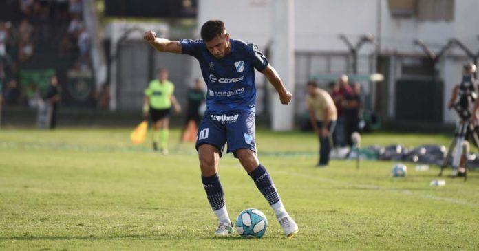 Mauro González busca revancha en Primera