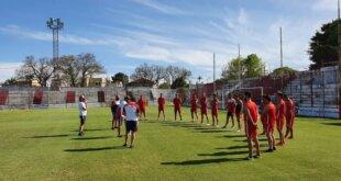 Torneo Regional: Atlético Paraná volvió a las prácticas