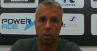 El entrenador de Patronato habló tras la derrota de su equipo ante Huracán como local por 2-1. Álvarez fue positivo y señaló que fueron dominadores en el trámite del primer tiempo, aunque carecieron de la profundidad que sí tuvieron en el complemento.