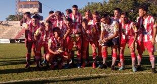 Copa LPF: Atlético Paraná goleó y es campeón