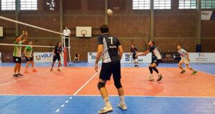 La Liga Nacional de Vóley masculina dio inicio a la competencia este lunes. Los equipos paranaenses, Rowing y Echagüe, pusieron primera en la burbuja de Villa María y ya piensan en el segundo encuentro del torneo.