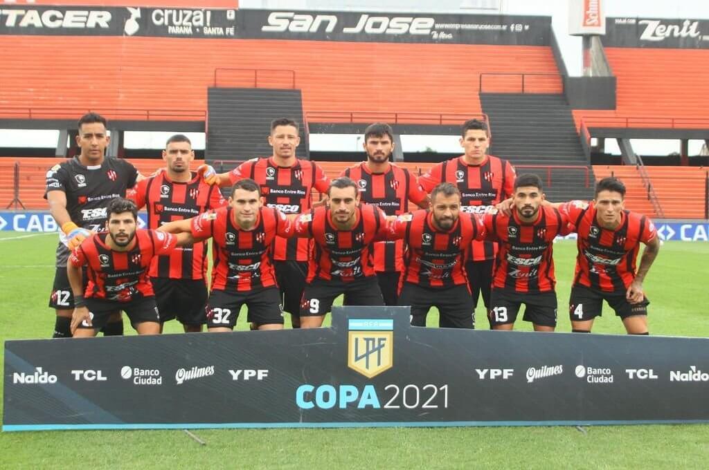 El club Atlético Patronato informó en la tarde de hoy el resultado de los testeos realizados antes del entrenamiento. A los 3 casos positivos de Covid-19 existentes, se suman Agustín Pastorelli, Neri Bandiera, Gabriel Gudiño, Lautaro Comas, Sergio Ojeda y Oliver Benítez.