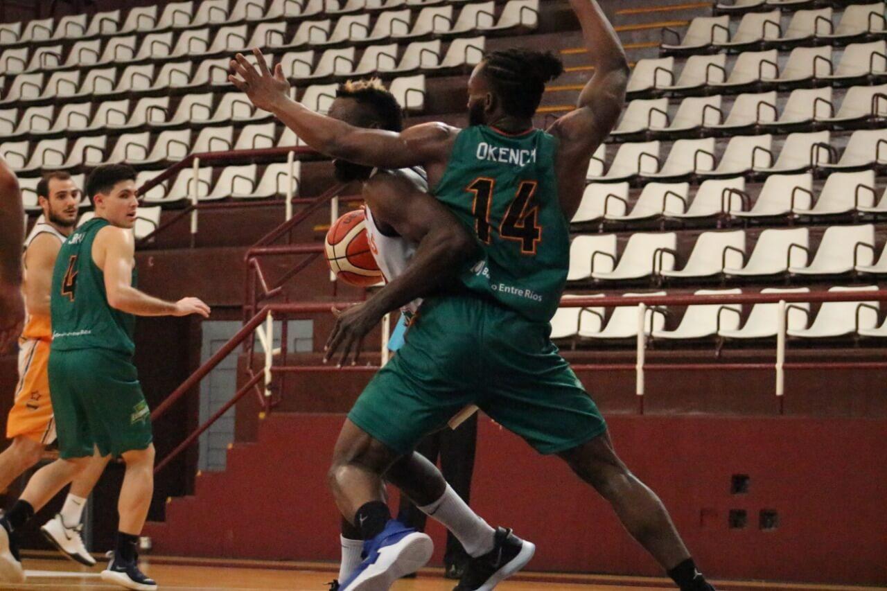 Tras vencer a Del Progreso (72-70) en la conferencia sur de la Liga Argentina, Estudiantes derrotó a Atenas por 80 a 67. El Verde acumuló su segunda victoria en la burbuja disputada en Lanús y es el entrerriano mejor posicionado en la zona.