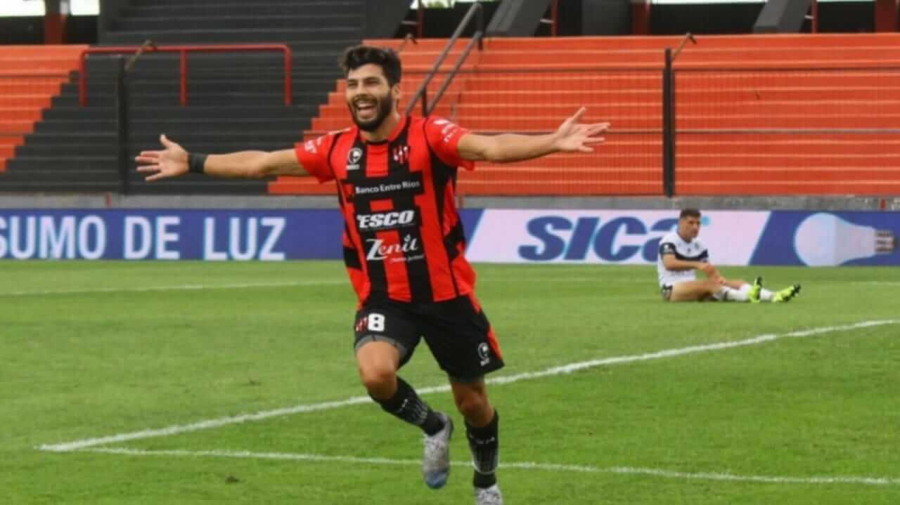 Hoy Gabriel Gudiño dialogó con La Cábala y remarcó entre varias cosas el buen trabajo de Iván Delfino, el grupo y la institución. También contó como se están preparando de cara a la nueva temporada y que le llegaron ofertas, pero prefirió quedarse.