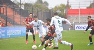 Patronato le ganó a Sarmiento 2 a 0.