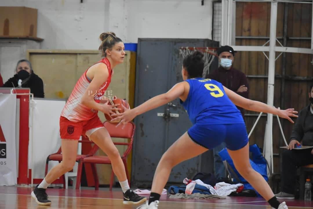 El plantel femenino de Talleres perdió ambos encuentros el pasado fin de semana contra Villa Gobernador Gálvez por 66-62 y 71-62. A pesar de las derrotas, el rojiblanco ya tenia asegurada su clasificación a la siguiente ronda del Torneo Federal de Básquet Femenino.